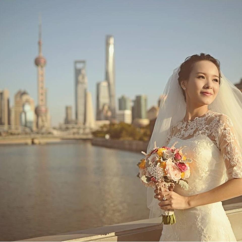 脸型和气质很像刘诗诗的一位新娘,美!