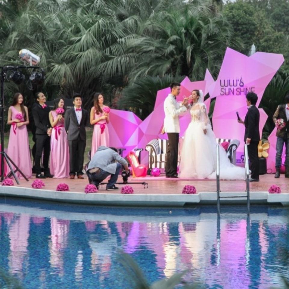 NBA后卫孙悦和模特界宠儿陈露的摩登派对婚礼