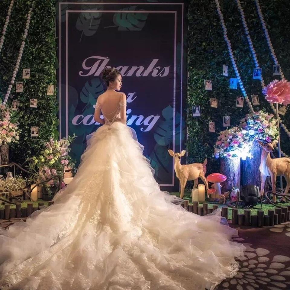 祝大妮新婚快乐