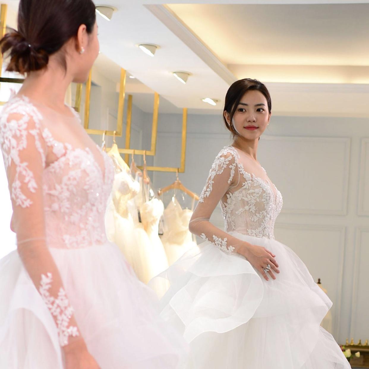 每件婚纱背后,都有着一段美丽的故事